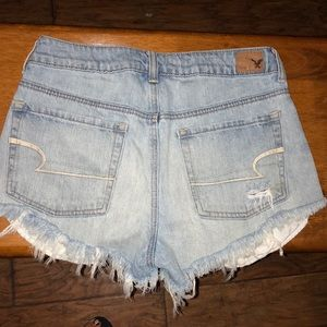 American Eagle sz 6 distressed shorts